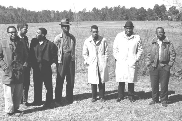 Left to right: Bob Moses, Julian Bond, Curtis Hayes, unidientified, Hollis Watkins, Amzie Moore, and E.W. Steptoe, 1963, crmvet.org